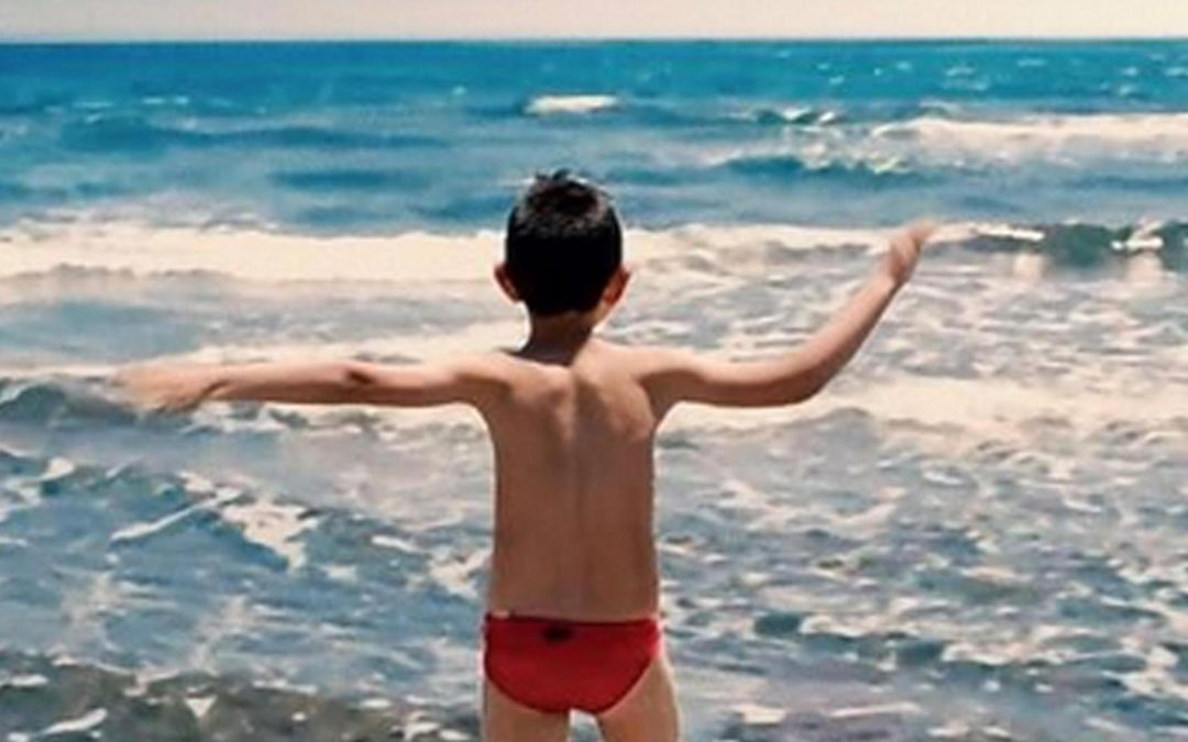 """""""I Bambini Sanno"""": la magia dei più piccoli nelle immagini di Veltroni e nelle note di Rea"""