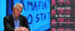 Il Cacciatore di Lodovichi è liberamente tratto dal libro il Cacciatore di Mafiosi di Alfonso Sabella