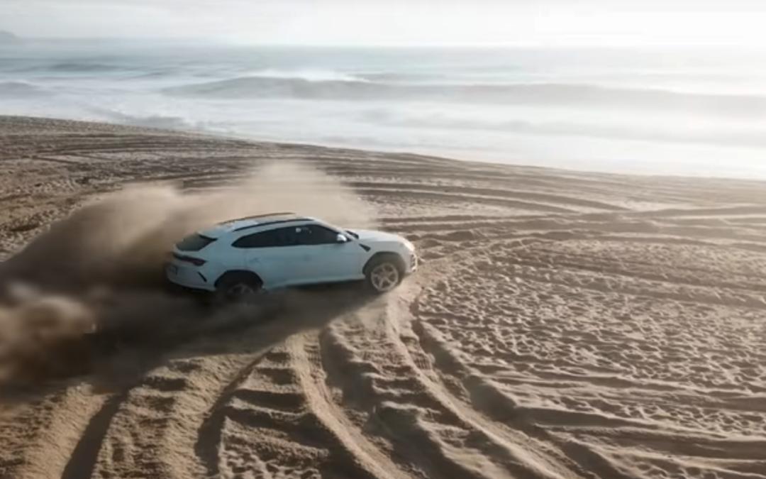 Lamborghini Urus: libera la tua strada